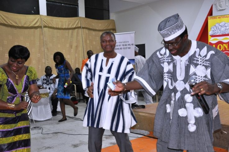"""""""The Government of Burkina Faso, in the context of the promotion of cultural identity encourages the wearing of Faso Dan Fani (FDF) during official ceremonies or events of national stature,"""" the statement said.    The Burkinabè whatever the sector of activity, should now replace the imported costumes against the clothes made with the FDF for official occasions."""