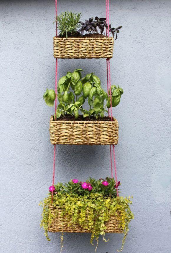 Como hacer un jardín vertical con canastos