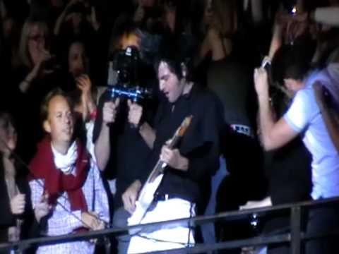 -M-MATHIEU CHEDID 24/07/2010 CONCERT LIVE AUX ARENES DE NIMES - YouTube