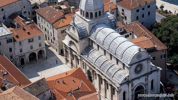 Stare miasto Šibenik Więcej informacji o Chorwacji pod adresem http://www.chorwacja24.info/zdjecie/stare-miasto-sibenik