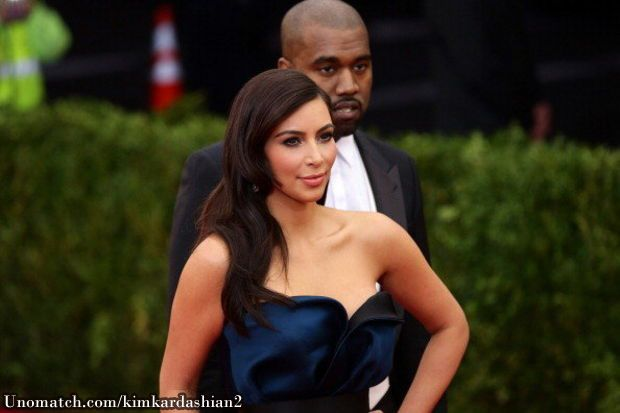 Kim Kardashian, Kanye West set Instagram record   Kim Kardashian and Kanye West's wedding photo is the most-liked Read More... www.unomatch.com/kimkardashian2  #kimkardashian #hollywood #celebrity Kim Karsashian