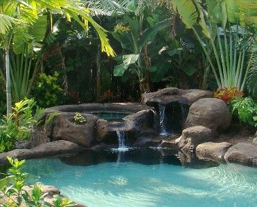Salt water Hot Tub in a very beautifully landscaped yard.  VRBO house in Kailua, Oahu.