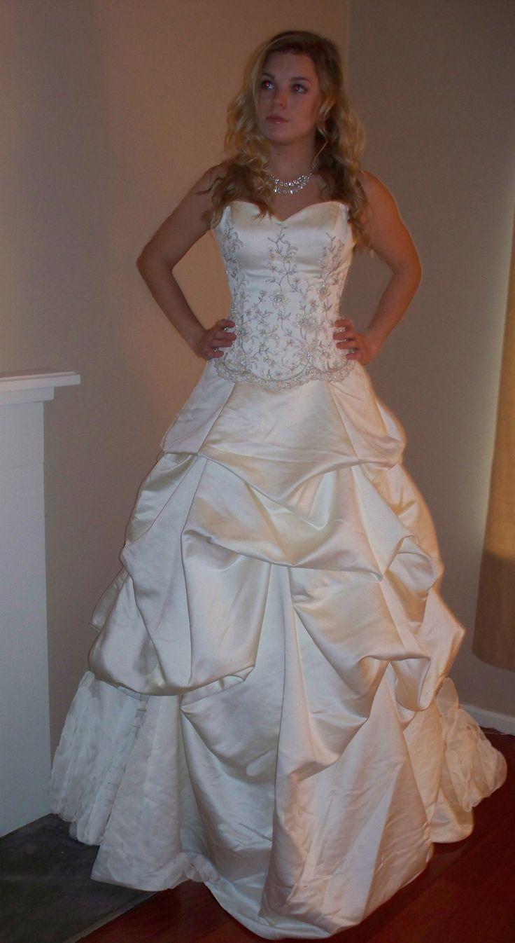 573 best Wedding Dresses images on Pinterest   Short wedding gowns ...