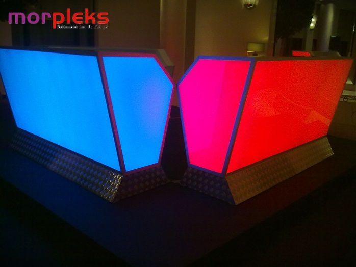 Morpleksi plastik cam malzemeden üretilmiş dayanıklı ve şık bir çok ürünü beğeninize sunuyor. istanbul pleksiden göz atabilirsiniz https://plus.google.com/+Morpleksi-Pleksi