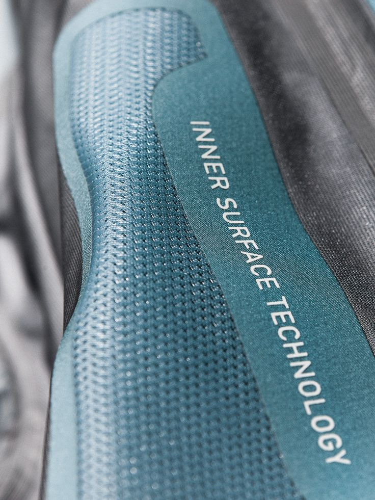 Inner Surface Technology is a cleverly designed ventilation system that takes heat and moisture from the places where they tend to build up inside the jacket and allows them to escape through the side zippers.
