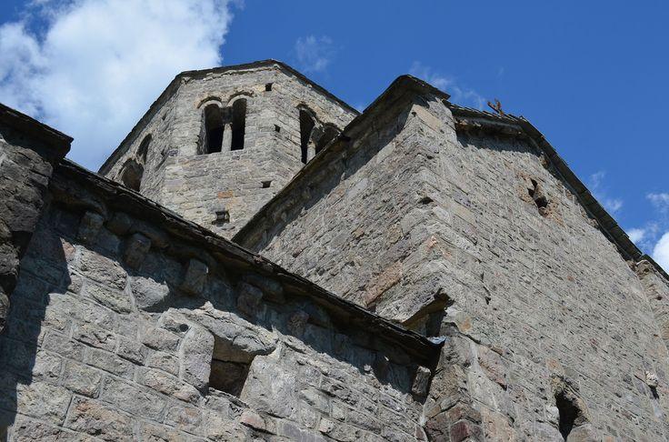 Cinquanta sfumature di grigio: il Romanico in Valle Camonica