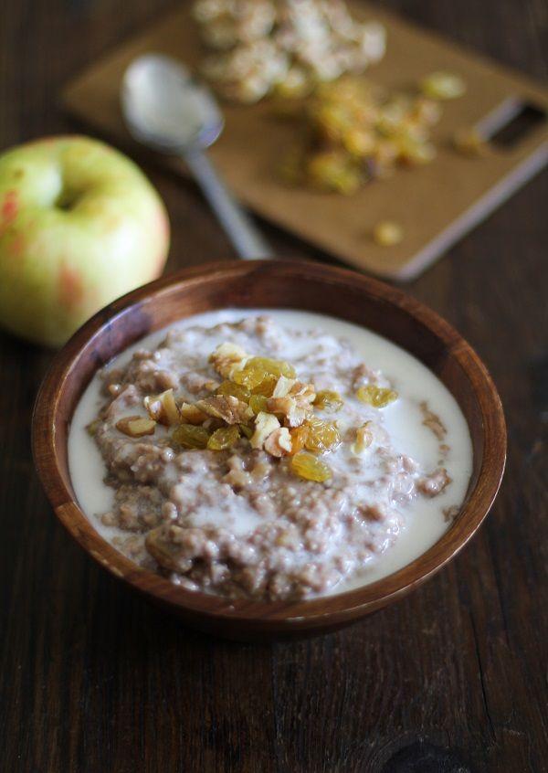 Apple Cinnamon Crock pot Steel Cut Oatmeal #healthy #recipe #breakfast #glutenfree