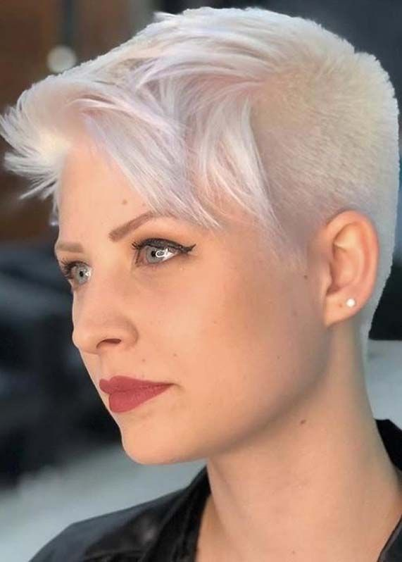 Modern Platinum Blonde Pixie Haircuts For Women In 2019