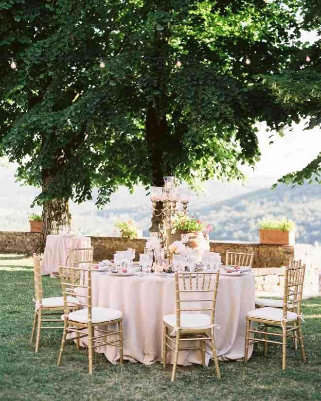 The reception dinner was held in the main garden outside Castello di Meleto.