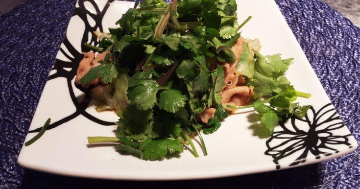 パクチーと豚肉とレタスの生姜焼き by okayim [クックパッド] 簡単おいしいみんなのレシピが258万品