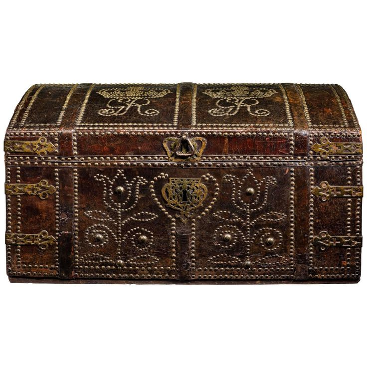 George I Studded Leather Coffer | From a unique collection of antique and modern blanket chests at https://www.1stdibs.com/furniture/storage-case-pieces/blanket-chests/