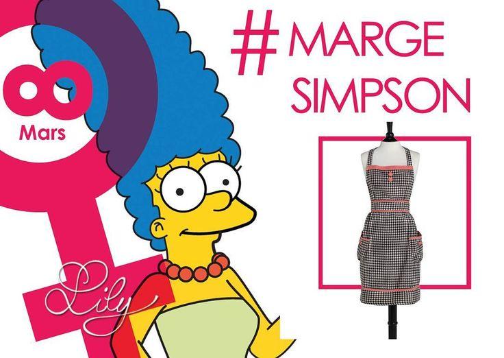 Marge est la mère bien intentionnée et très patiente de la famille Simpson. Elle est la force moralisatrice de la famille et essaie souvent de maintenir l'ordre dans la maison. Elle est présentée comme le stéréotype de la mère au foyer et est souvent présente dans les listes des meilleures mères de télévision. #femme #8mars #family #Simpson #protection #cocon #maman #foyer #cuisine #patience #drole #serietv #culture #tablier #vintage #beauté #love #lestresorsdelily  Produits disponibles…