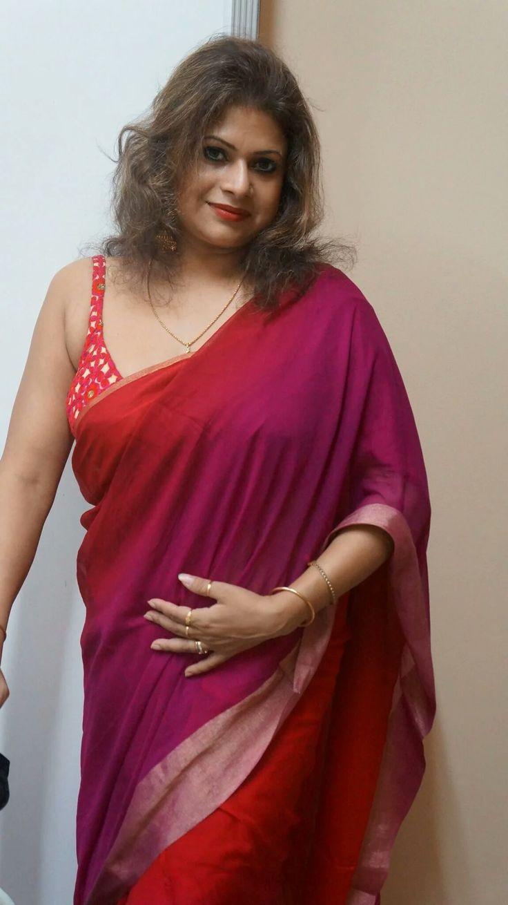 Saree With Brause Bra Type Blouse  Saree  Blouse In 2019  Saree, Aunty In Saree, Glamour-8582