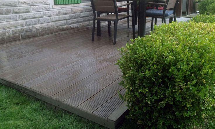 Hatüpen Pencere Sistemleri İş Turkuaz Evleri'nde Sn. Arda Hatipoğlu'nun villasının veranda zemin döşemesinde ahşap plastik kompozit deck ürünü Pimawood Naturdeck'i kullanmıştır.