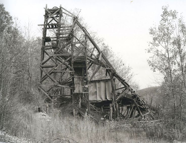 Bernd & Hilla Becher - Coal Mines001