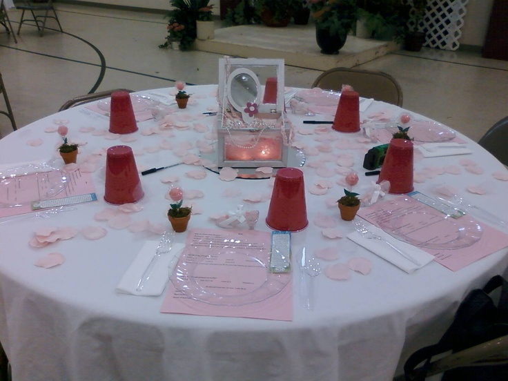 Centerpiece I created and table I decorated for the Women's Spring Luncheon at my church a couple of years ago.