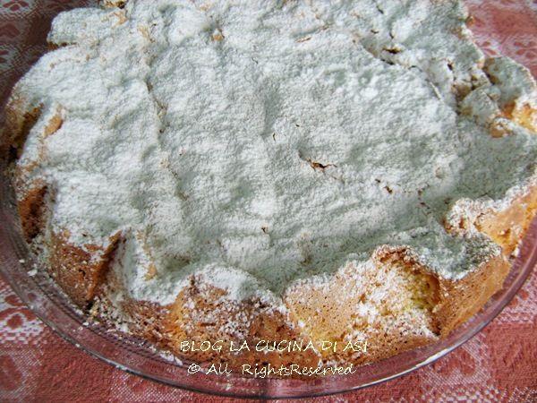 Una torta della cucina spagnola tipica della regione della Galizia a base di mandorle e uova . Ve ne sono diverse versioni una in particolare ha una base di frolla che contiene la crema alle mandorle!