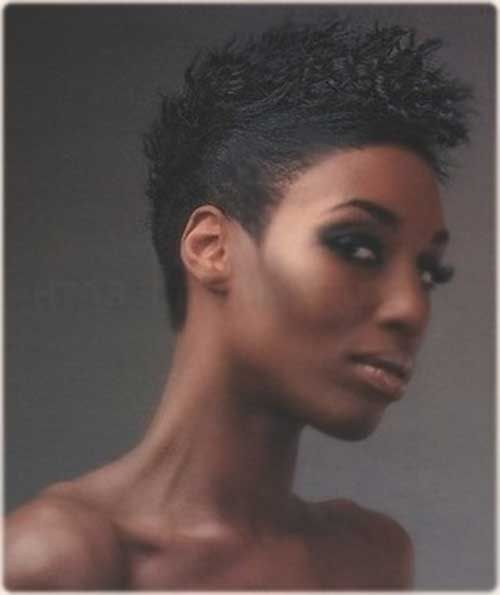 Mohawk Short Hairstyles for Black Women | http://www.short-haircut.com/mohawk-short-hairstyles-for-black-women.html