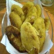 Platanos rellenos de frijoles y queso
