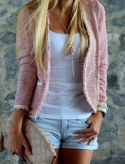 Wunderschöner und kuscheliger Blazer in rosa >> boucle blazer von chicchoolee auf STYLIGHT