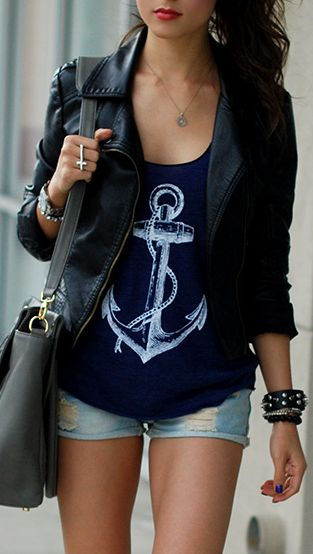Anchor - This outfit would be perfecto if there were different jean shorts... Preferably darker..