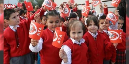 28 Ekim Cuma günü okullar tatil mi? (29 Ekim 2016 Cumhuriyet Bayramı) : Cumhuriyetin kuruluşunun 93üncü yıldönümü ülke genelinde çoşkuyla kutlanacak. 29 Ekim Cumhuriyet Bayramının haftasonuna gelmesi nedeniyle tatil bekleyen öğrencilerin gözü Cuma gününe çevrildi. 28 Ekim...  http://ift.tt/2e8g5iS #Türkiye   #Ekim #Cumhuriyet #tatil #Cuma #gelmesi