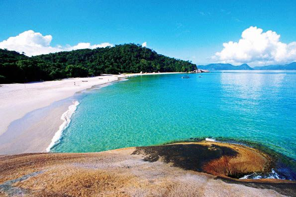 Praia da Ilha do Campeche, em Florianópolis.