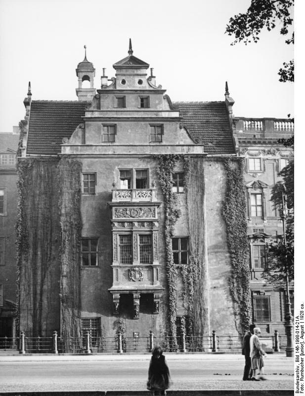GERMANY ~ Berlin, Stadtschloss, Apotheken-Flügel,(1928). Building started in 1422. In 1500 Berlin was the center of the Renaissence.