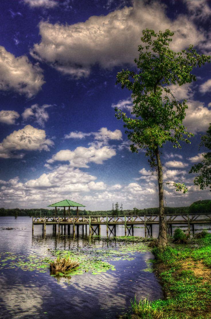 Lake Conway pier, Arkansas, USA