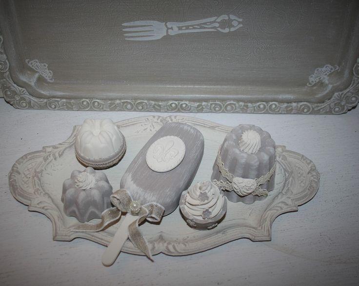 """Plateau de mignardises en plâtre parfumées """"RESERVE MORGANE"""" : Accessoires de maison par la-cage-a-deco"""