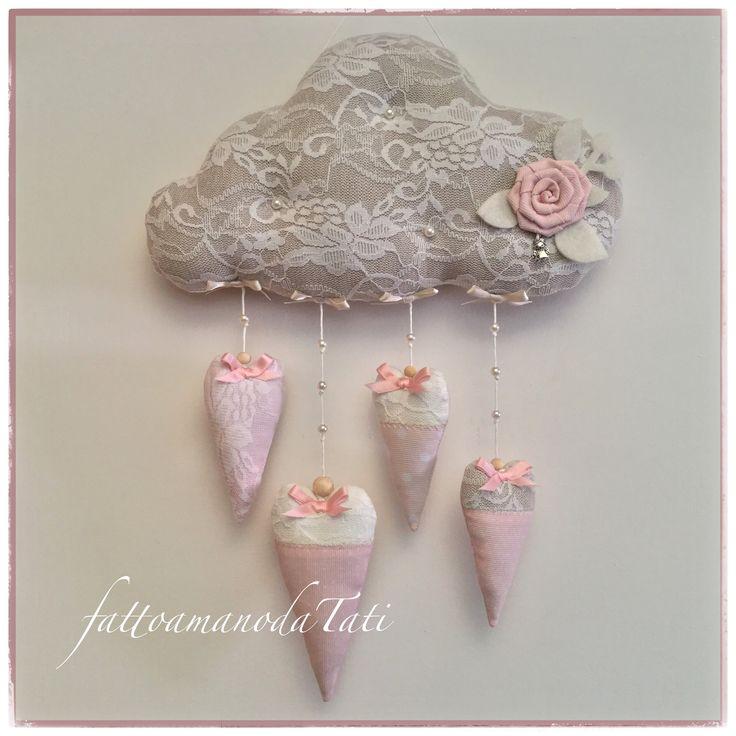 Fiocco nascita nuvola in cotone tinta naturale con pizzo,rosellina e cuoricini rosa