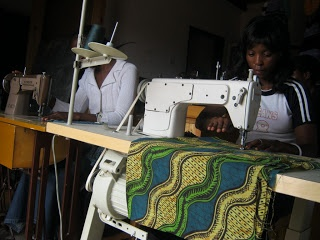 The ladies of Ngombe (Zambia) learning to sew!