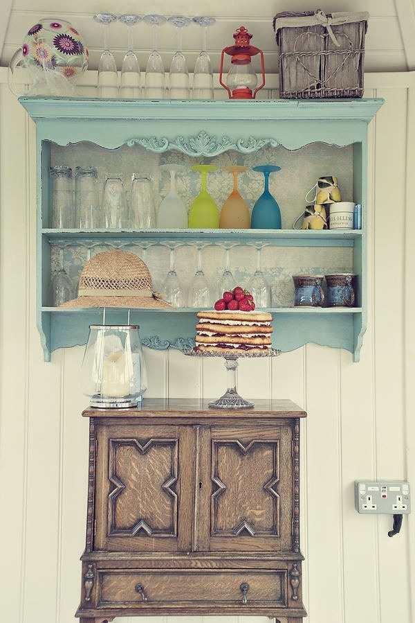 Shabby Chic Kitchen Storage