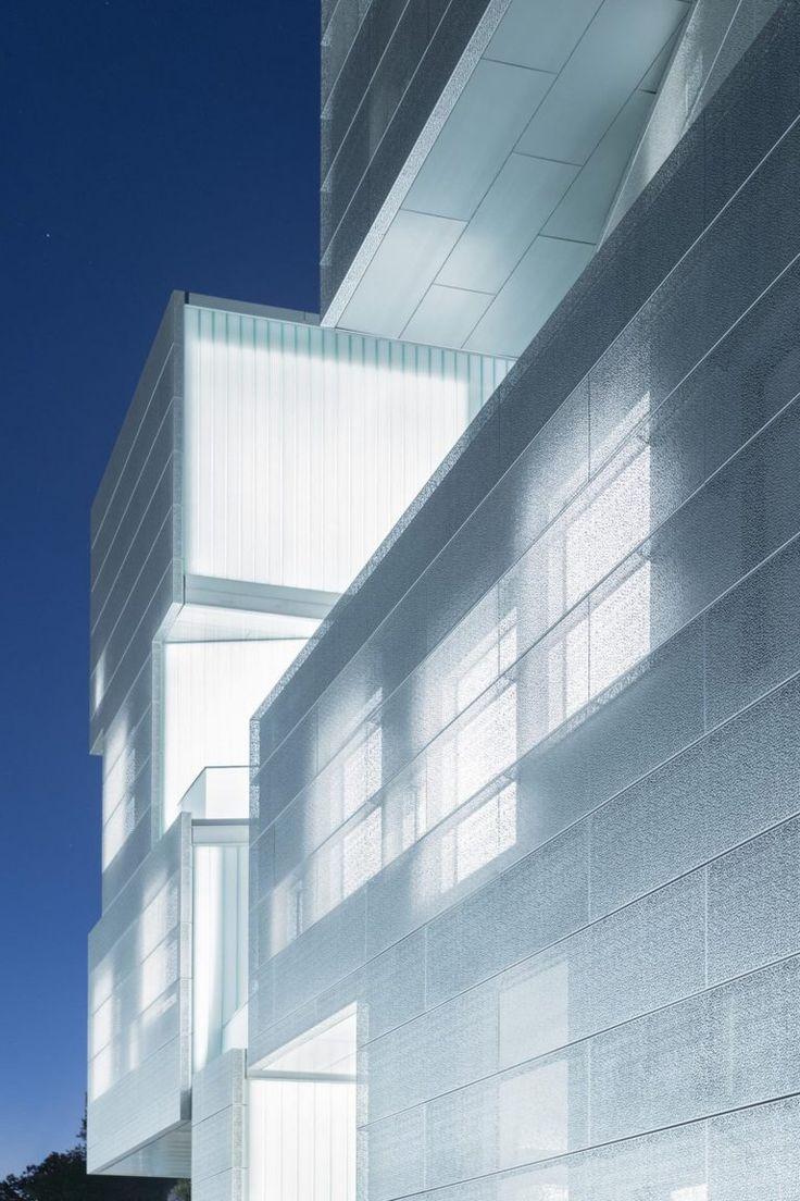 grainy, translucent glow Glass facades, Steven holl