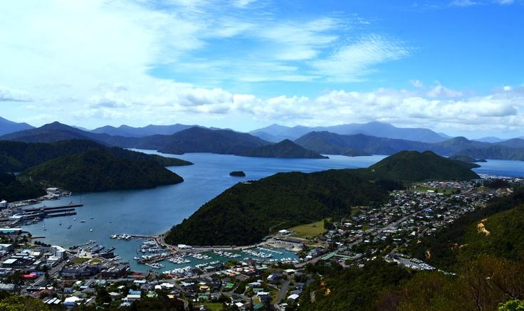 Picton, Malborough Sound. NZ