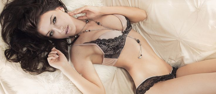 Hot and Sexy female Strippers in San Francisco - 877-695-1973