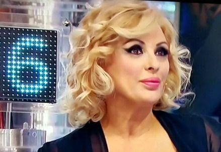 Spettacoli: #UOMINI E #DONNE / Trono Over anticipazioni e news: Tina Cipollari al settimo cielo il gesto damo... (link: http://ift.tt/2hhUU3w )