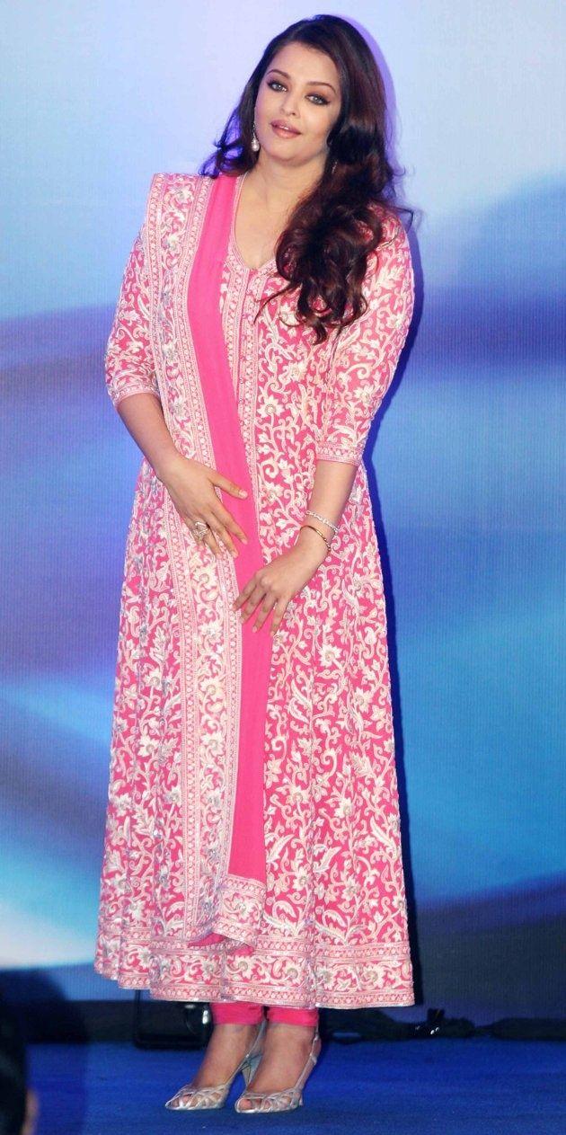 Aishwarya Rai wearing Pink Anarkali