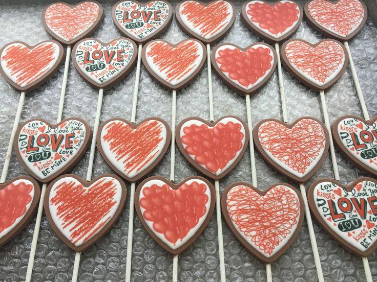 Imprimiendo pedidos para este 14 de febrero! ❤️  Paleta de corazón impresa $37 c/u 15% descuento pago en efectivo   #chocolatespersonalizados #chocolatesimpresos #detalle #pareja #love #amor #14defebrero #sanvalentin