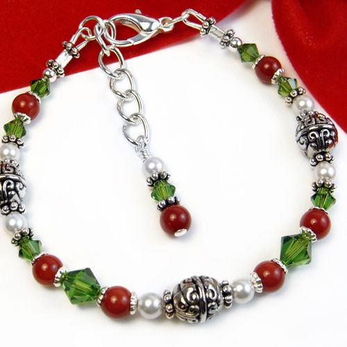 Festive Red Green Bracelet White Pearls Christmas Jewelry Adjustable | PrettyGonzo - Jewelry on ArtFire