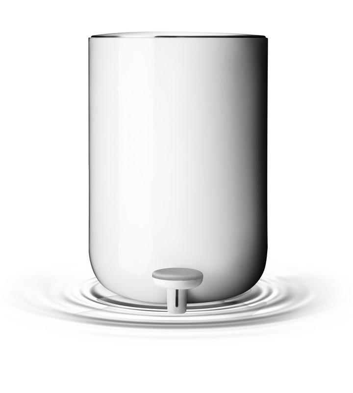 Poubelle, 7 litres acier, plastique blanc