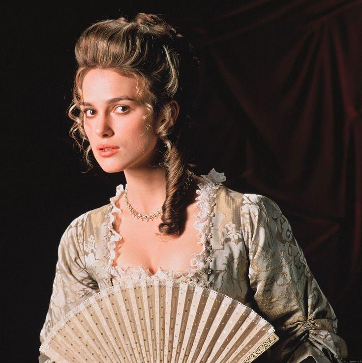 Elizabeth Swann è la protagonista femminile della trilogia cinematografica dei Pirati dei Caraibi, interpretata dall'attrice inglese Keira Knightley. È una ragazza decisa e dal carattere forte, che subisce lentamente una trasformazione, da raffinata ma indipendente aristocratica a incallita e battagliera pirata.