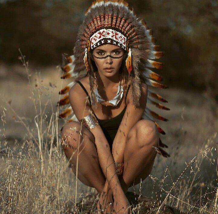 Omg, Glastonbury Festival Bans Sale Of Native American Headdresses For All Basic Bitches