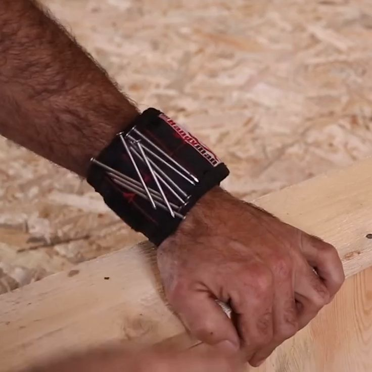 Handyman Magnetic Wristband – ⭐⭐⭐⭐⭐ (5/5)