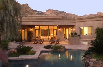 Modern adobe house - oh yeah, stylish & good for the environment :-)