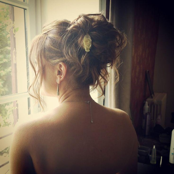 #mariage #mariée #bride #wedding #hair #brideshair #coiffuredemariée #coiffuremariée #updo #coiffurenaturelle #ameliegouttenoire