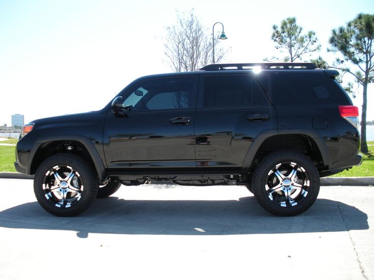 clean looking lifted 5th Gen 4Runner. | My next ride | Pinterest