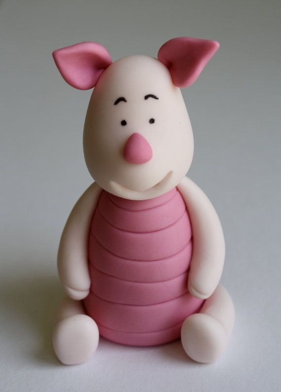 "Piglet ""Winnie the Pooh""  inspired Fondant Cake/Cupcake Topper"