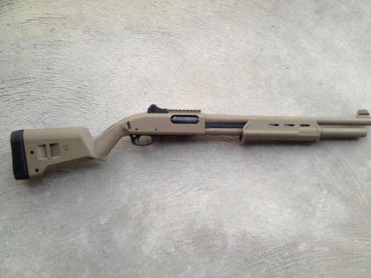 Remington 870 Tactical 12 gauge shotgun in FDE flat dark earth with new Magpul MOE furniture.
