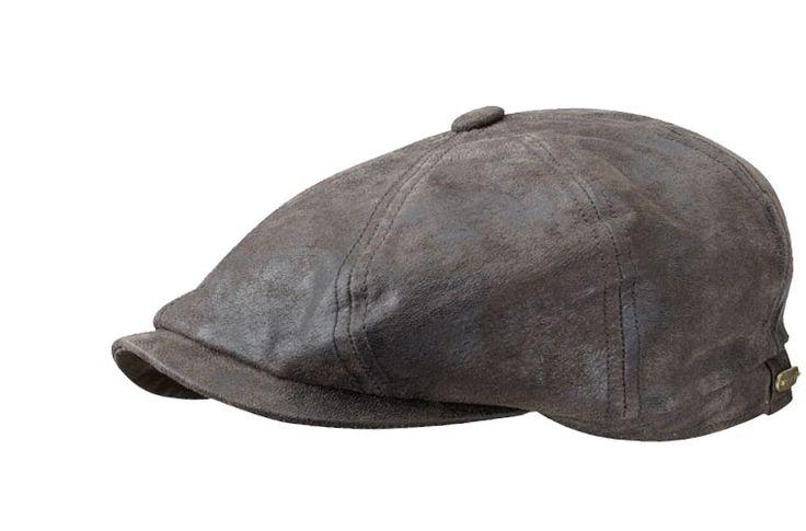Hatteras cuir / Casquette 100% cuir. La casquette légendaire Stetson en cuir. La qualité d'une marque légendaire ! Avec visière et logo Stetson en fer aposé à l'arrière.